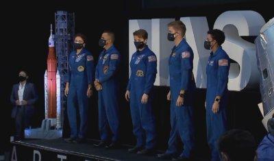 НАСА избра астронавтите за мисиите до Луната