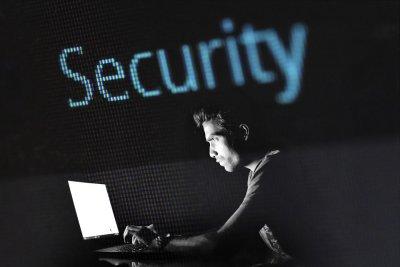 """Хакери са получили достъп до данни за ваксината на """"Пфайзер"""" и """"Байонтек"""""""