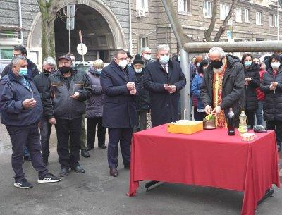 Костадин Ангелов поздрави лекарите от Спешна помощ за празника им: Прекланям се пред вашия труд