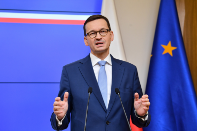 Полша с амбициозен план да ваксинира 3 400 000 души месечно