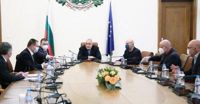 Борисов проведе среща с БЛС за ваксините, тестовете и финансовата помощ за медиците
