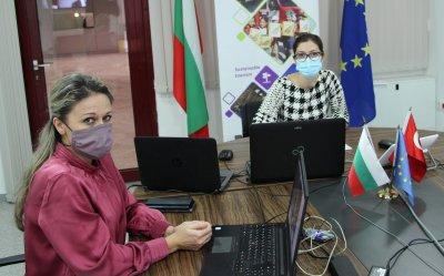 Учени в Бургас и Одрин ще борят замърсяването с пластмаса в Черно море
