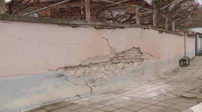 Опасен сблъсък със стълб: Загинаха двама младежи на 17 и 18 години