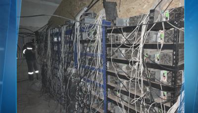 Виртуални пари с краден ток - как се копае криптовалута