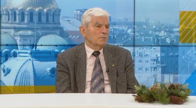 Акад. Петрунов: Няма основание да се съмняваме в ефективността на ваксината засега