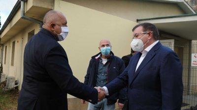 Борисов: Разговарях с Мангъров за ваксините - и той ще се ваксинира
