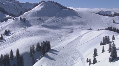 Австрия открива ски сезона при строги мерки за безопасност