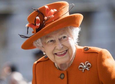 """Елизабет Втора издаде """"кралско съгласие"""" за отношенията между Великобритания и ЕС"""