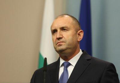 Президентът Радев изказва съболезнования на семейството на проф. Симеон Хаджикосев