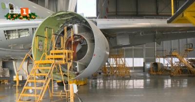 Заради COVID-19: Все повече пътнически самолети се превръщат в товарни