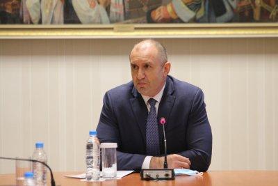 Продължават консултациите при президента: Среща с ЦИК