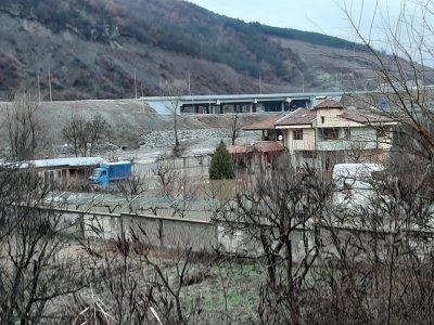 Струма наводни дворове и къщи