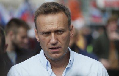 Навални осъди блокадата на Тръмп от Туитър
