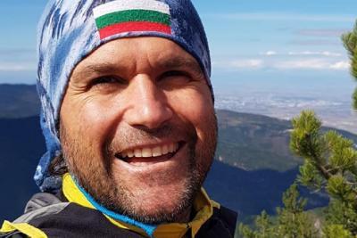 Атанас Скатов е в подножието на К2 и е готов за първото зимно изкачване на върха