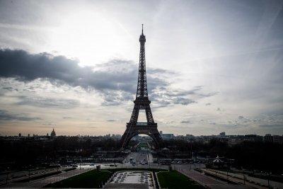Франция удължава COVID мерките до края на февруари