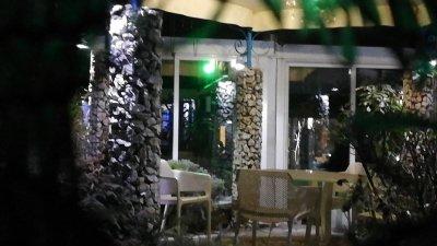 Нерегламентирано частно парти с над 30 човека в пловдивски ресторант