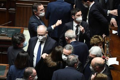 Вот на доверие за правителството на Конте в долната Камара, предстои гласуване в Сената