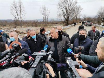 Борисов: Изпълняваме поетите ангажименти, мостът е готов