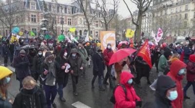 Хиляди протестираха във Франция срещу Закона за глобалната сигурност