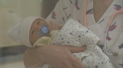 Още едно бебе с антитела срещу COVID-19 се роди у нас
