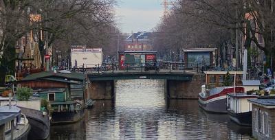 """Нидерландия въвежда """"двойно тестване"""" за пътуващите в страната и от България"""