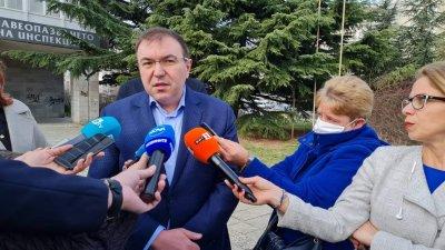 """Ангелов: Намаляването на доставките на """"Астра Зенека"""" няма да се отрази на ваксинационния план"""