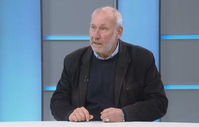 Проф. Овчаров: Предлагам кампания в Европа за нашата позиция по спора със Скопие
