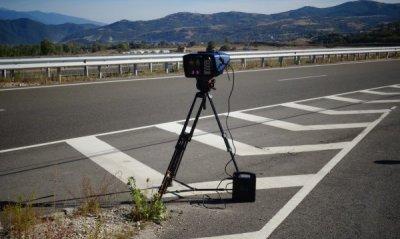 """Заснеха нарушител да шофира с 237 км/ч по магистрала """"Струма"""""""