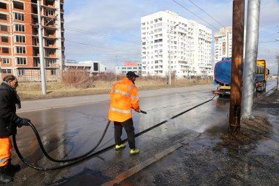 Мият улиците в София с йод и белина