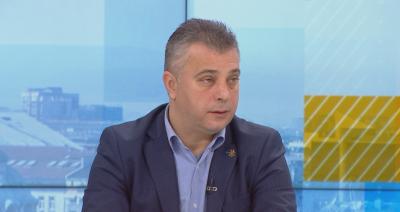 """Юлиан Ангелов: Няма лидерска битка между Каракачанов и Валери Симеонов в коалицията """"Обединени патриоти"""""""