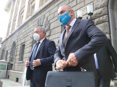"""""""Патриотична коалиция """"Воля-НФСБ"""" събра 10 000 подписа за регистрация"""