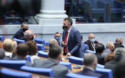 НС прекрати правомощията на Валентин Николов като депутат