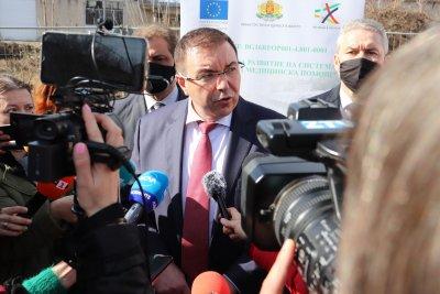 Костадин Ангелов: В България няма да се влиза с антигенни тестове