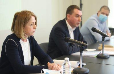 """Фандъкова пита район """"Триадица"""" и ЧЕЗ как подават ток по незаконен кабел"""
