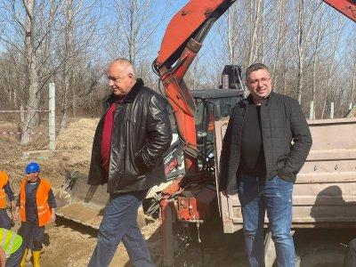 Нови три кладенеца за вода ще има в Брестовица