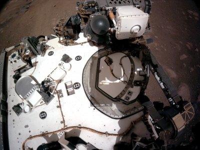 НАСА разпространи запис със звука на марсианския вятър