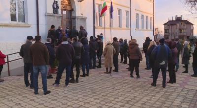 Висока избирателна активност на местния референдум в Обзор