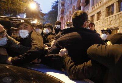 Сблъсъци и арести след задържането на опозиционен лидер в Грузия
