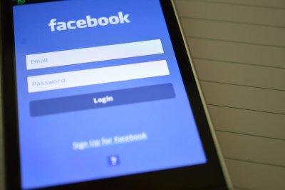 Фейсбук започва и у нас програма за проверка на фактите