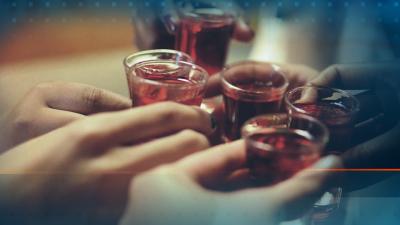 Две ученички колабираха след употреба на алкохол