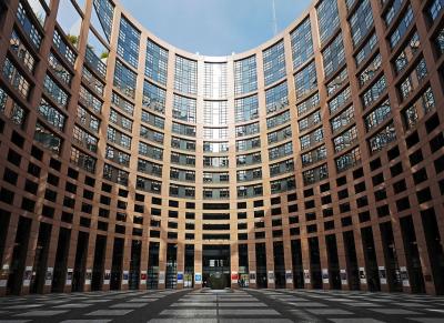 ЕП дава Комисията на съд заради американските визи за българи, румънци, хървати и кипърци