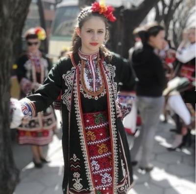 Мария Бакалова с поздрав за 3 март