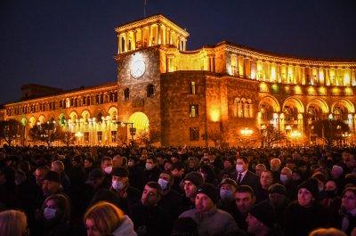 Продължават протестите в Армения