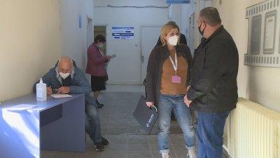 """""""Зелен коридор"""" за ваксини заработи в Русе"""