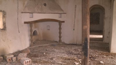 Руши се музеят на Панайот Волов в село Каранци