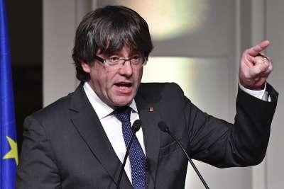 ЕП свали имунитета на Пучдемон и още двама каталунски евродепутати