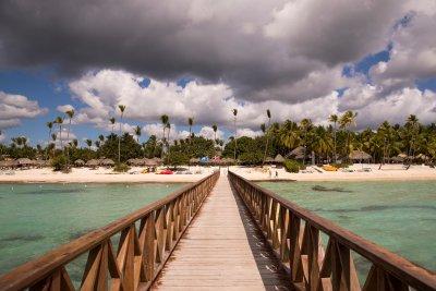 ООН: Почти една трета от световните дестинации са затворени за туризъм
