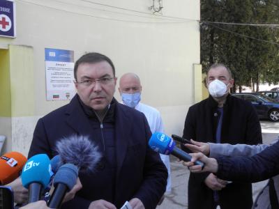 """Костадин Ангелов: Няма риск за ваксинираните с """"Астра Зенека"""""""