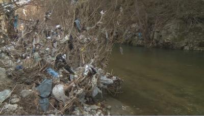 Кметът на село Елешница: Незаконни сметища край река Места няма