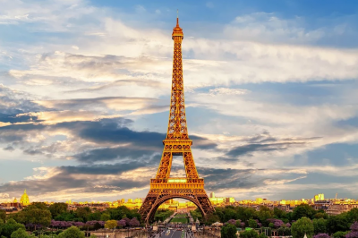 Ново, по-леко затваряне за района на Париж